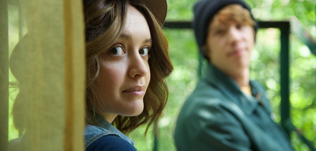 "ME AND EARL AND THE DYING GIRL - 2015 FILM STILL - Pictured: Olivia Cooke as ""Rachel"" and Thomas Mann as ""Greg"" - Photo Credit: Anne Marie Fox © 2015 Twentieth Century Fox Film Corporation All Rights Reserved"