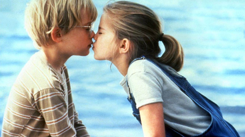 Самые красивые целующиеся друг с другом девушки фото 3 фотография