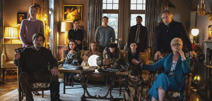 2767. Knives Out (2019)